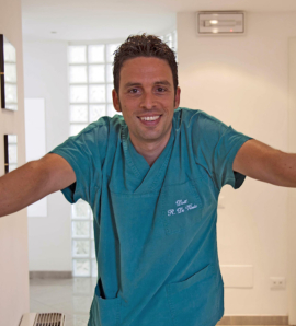 Dr. Roberto De Vizia